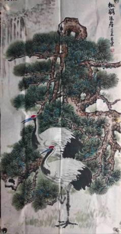職業畫家原創作品松鶴組壽用松和鶴組成一個大壽字形成一幅畫象征松鶴延年送一幅著名書法家八平尺書法作